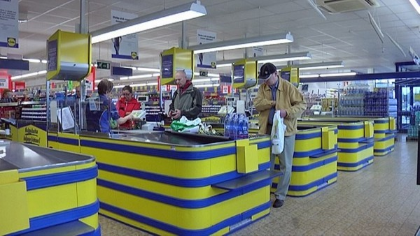 Lidl-10-v-kauppa-myymälä-kassalinjoja-2-Pirkkala-600x338