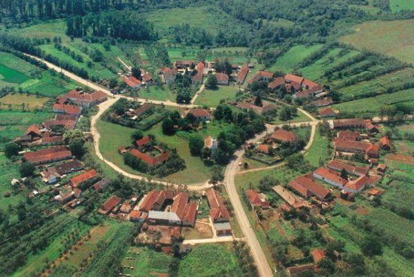 satul rotund