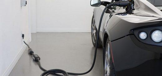 masina alimentata cu en electrica