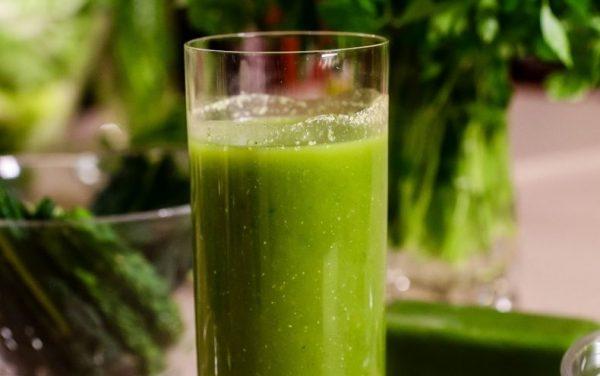 green-smoothie-790x495