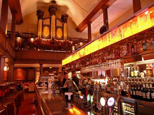 biserica pub