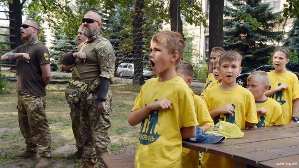 copii militari ucraina