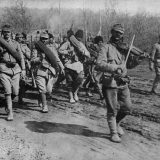 WWI, First World War. Romanian allies. The Romanian Army goes to the front of the sound of the violin. 1917. (Photo by: S&M/ ANSA/ UIG via Getty Images)