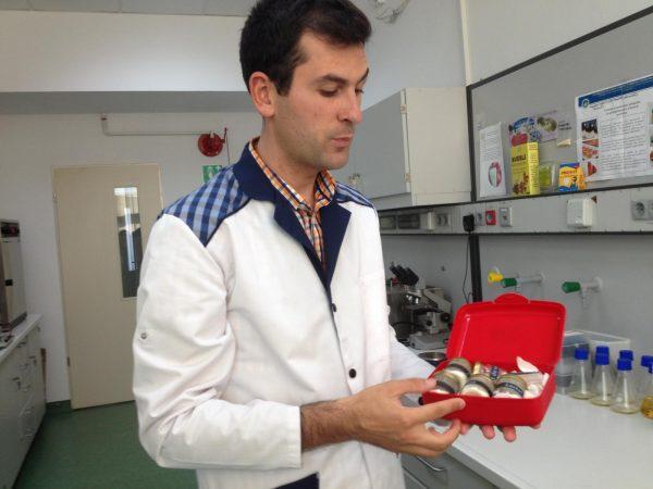 cercetator_dan_vodnar