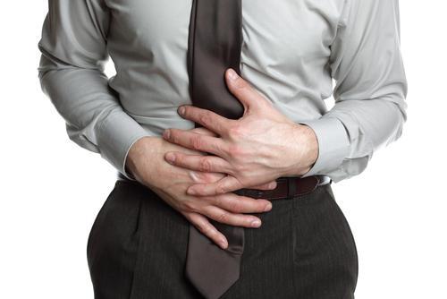 barbat-dureri-menstruale