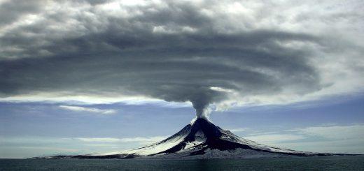 augustine-eruption