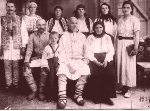 ion_a_lui_ilieavarvareia_-_1864-1939_bunic_dupa_mama