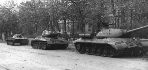 is-3-t-34_pt-76_budapest-andrassy-1956