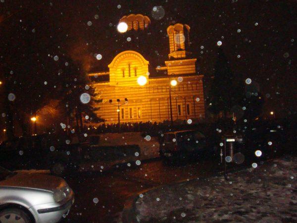 biserica-noaptea