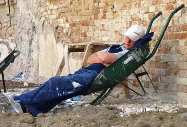 muncitor_dormind