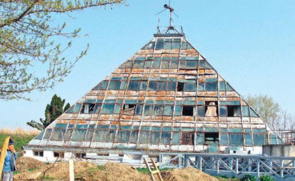piramida-pitesti-1