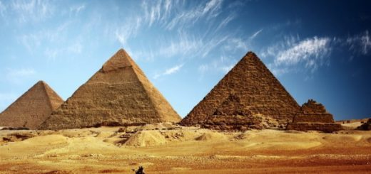great-pyramid-giza-600x450