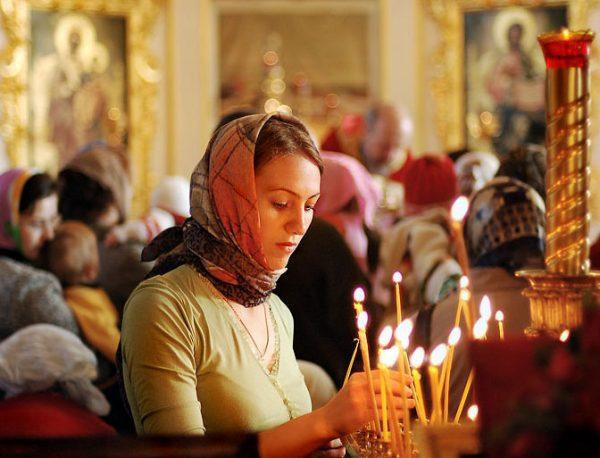 femeie ortodoxă