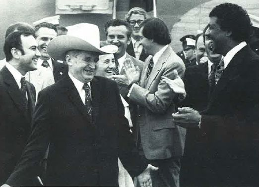 ceausescu-cowboy